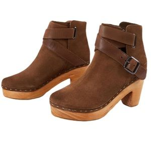 FREE PEOPLE Bungalow Brown Suede Clog Ankle Strap Booties 40